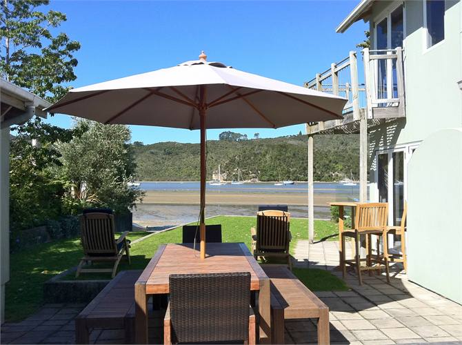 Absolute Waterfront Splendour Town Centre- Whitianga